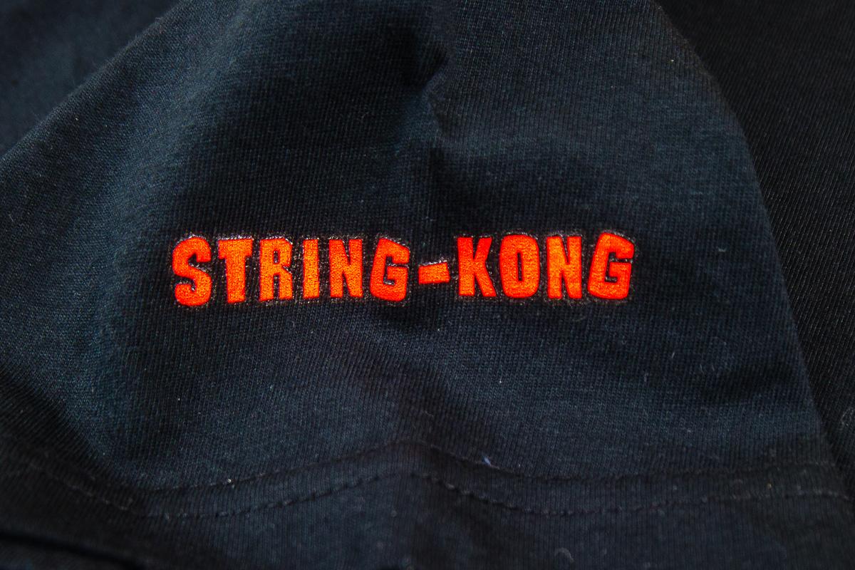 String-Kong Gorilla Black T-shirt logo